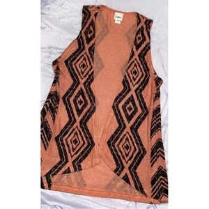 NWOT DAYTRIP/ buckle brand tribal print vest ❤️
